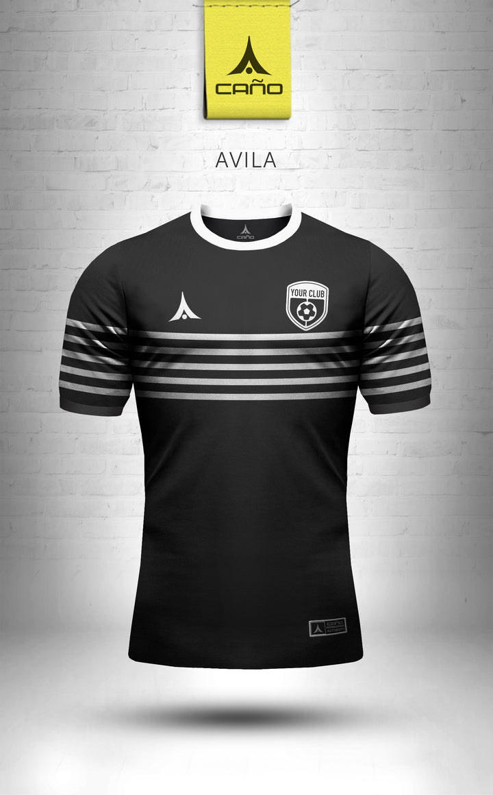 Avila in black/white
