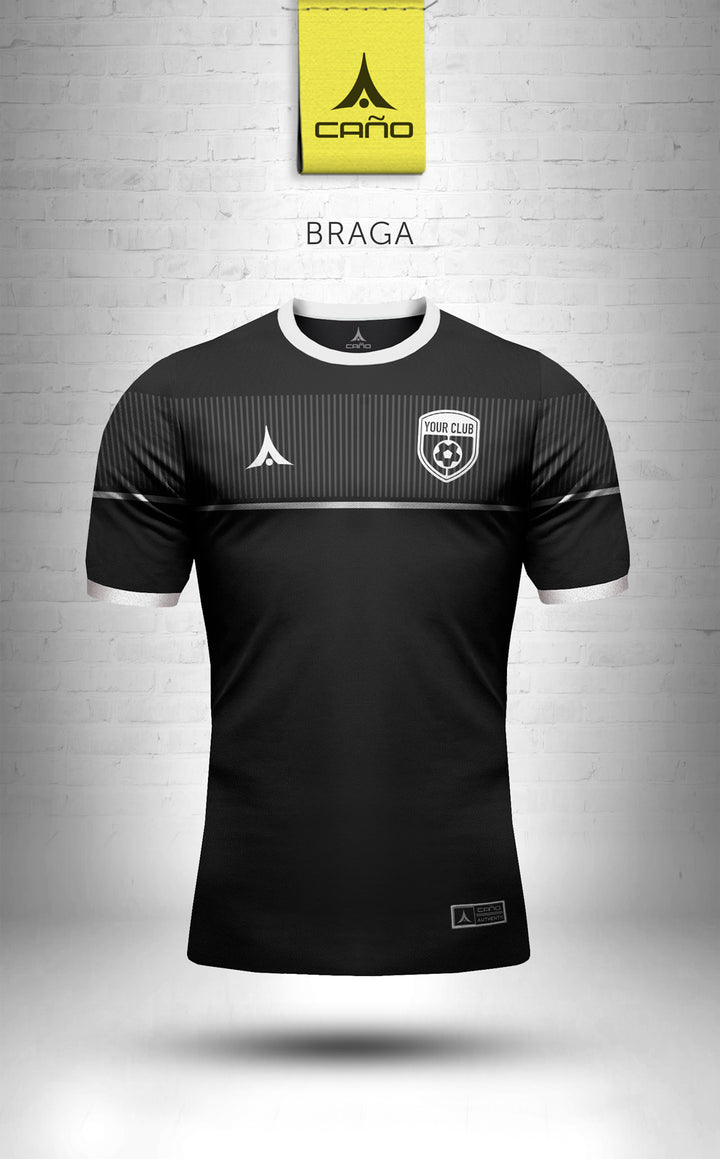 Braga in black/white