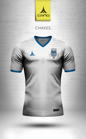 Chaves in white/blue