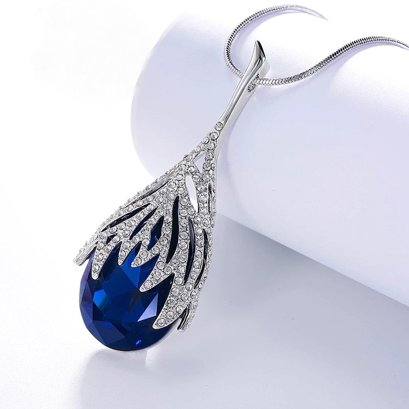 Pendant Necklace With Cubic Zirconia