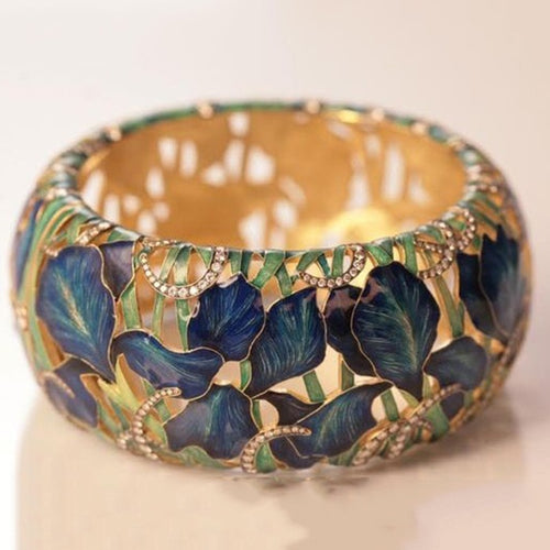 Vintage Luxury oil Painting  Ring - Neshaí Fashion & More
