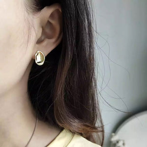 Mona Gold Earrings