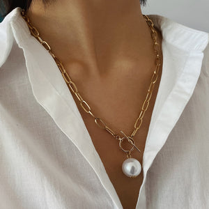 Pearl Pendant Necklace