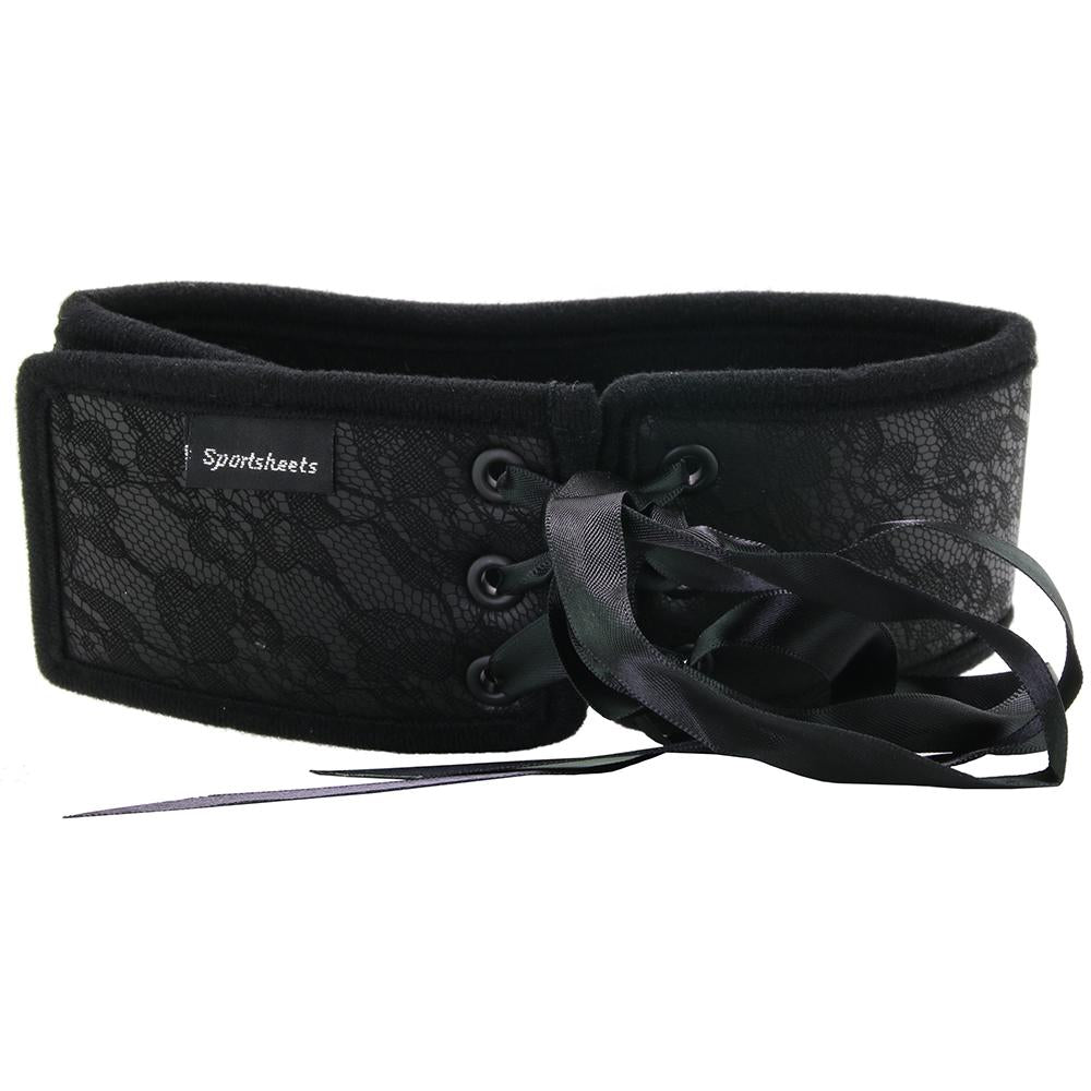 Sincerely Lace Posture Collar with Leash in Black
