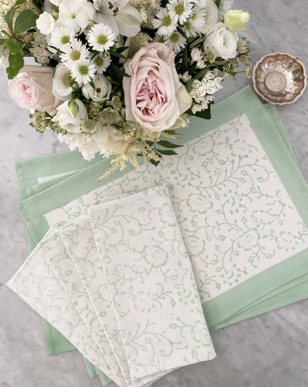 Spring Green Placemats & Dinner Napkin Set