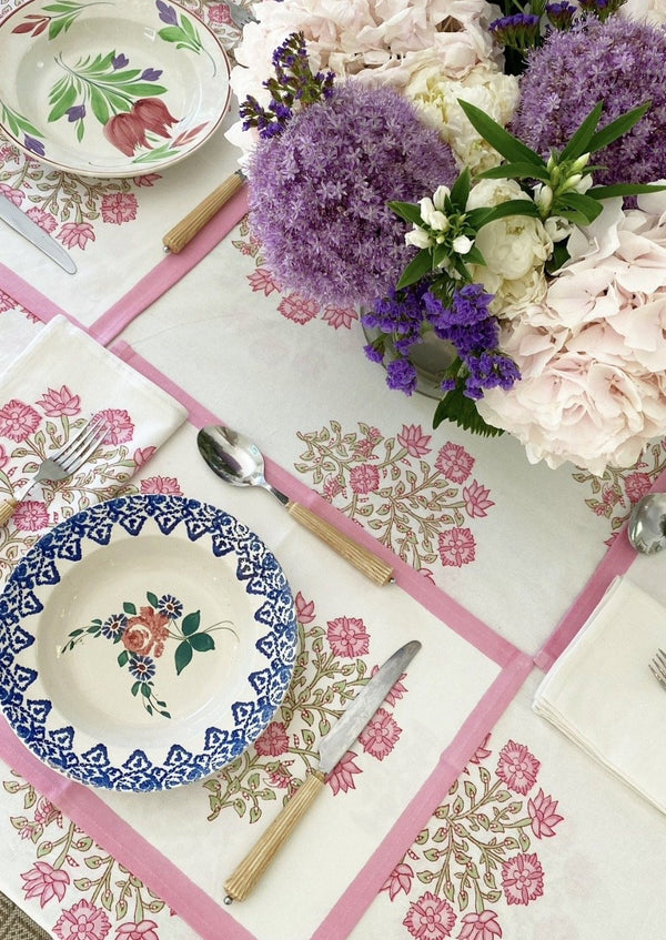 Petal Poppy Placemats - Set of 4 with Dinner Napkins