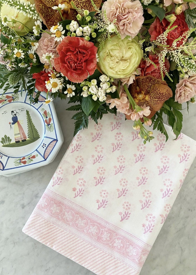 Petal Gentle Flower Tablecloth