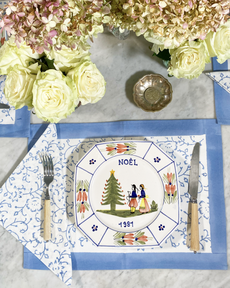 Spring Blue Placemats - Set of 4 with Dinner Napkins