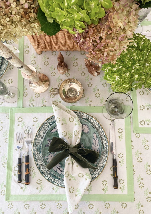 Celadon Gentle Flower Tablecloth