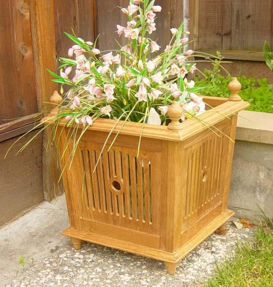 Bucket Planter - Toms Outdoor Furniture