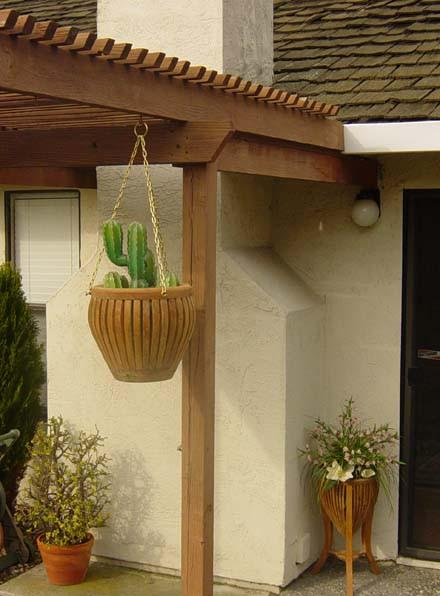 Hanging Planter - Toms Outdoor Furniture