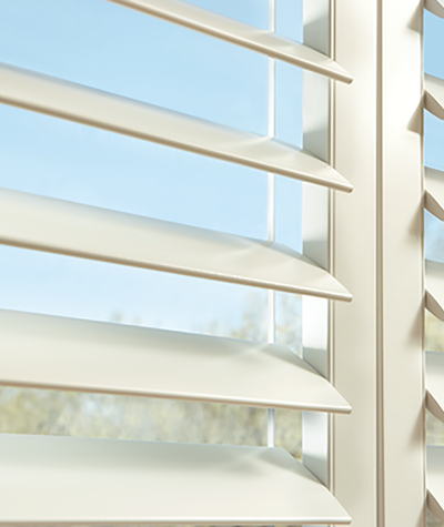 Hunter Douglas NewStyle window blinds and treatmentsavailable at Standard Paint and Flooring in the Yakima Valley, Washington State and Oregon.