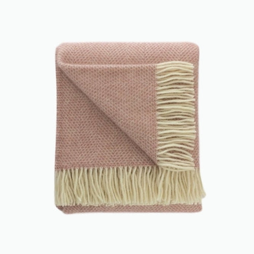 Beehive Wool Blanket in Dusky Pink