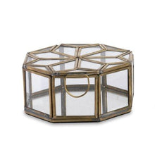 Load image into Gallery viewer, Small Bequai star pot with mirrored base - James & May