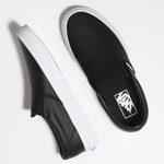 Classic Slip-On - Perf Leather Black