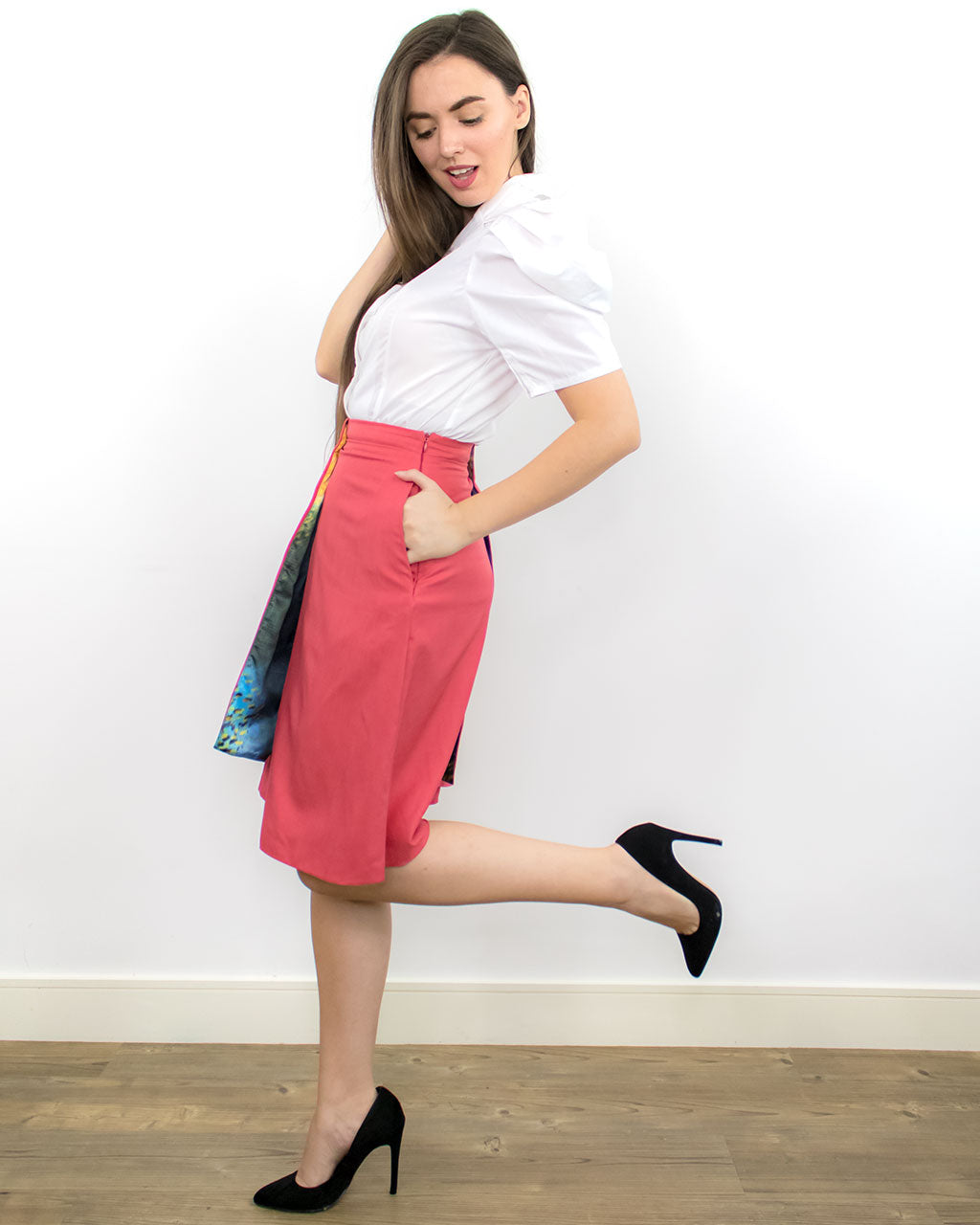 Pigres Red A-line Pleated Skirt with Pockets