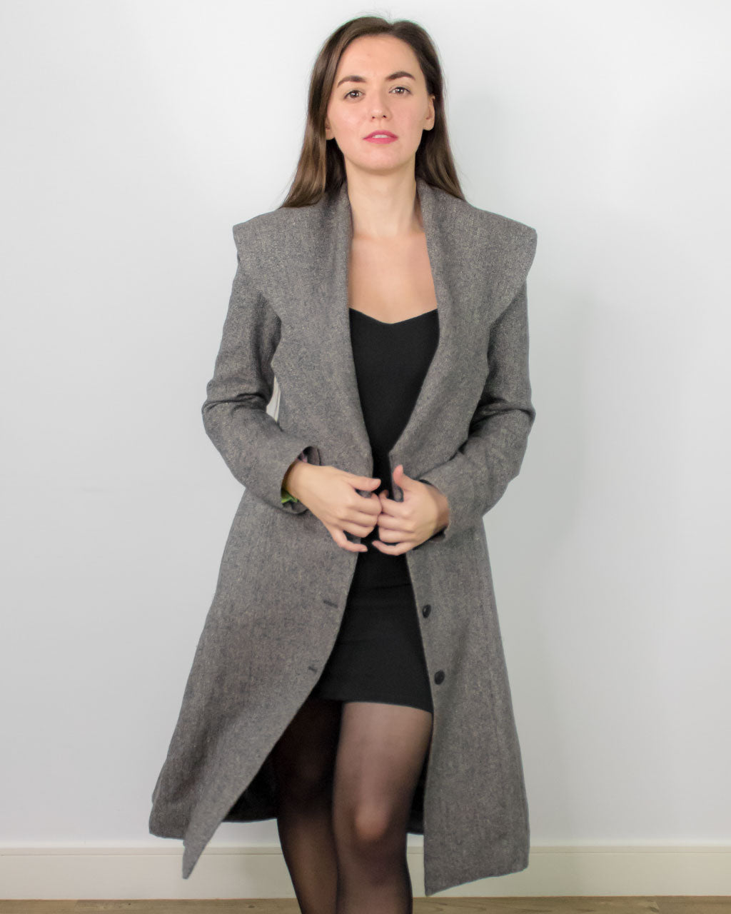 Sustainable hemp grey wool coat with wide collar Baldo Coat made from light sustainable materials perfect for spring