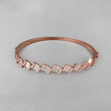 Load image into Gallery viewer, Rose Gold Baguette Bracelet