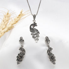 Load image into Gallery viewer, AVNI - Oxidised Silver Peacock Drop Set with Box Chain