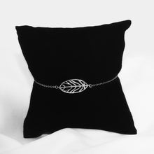 Load image into Gallery viewer, Silver Tranquil Leaf Bracelet