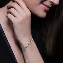 Load image into Gallery viewer, Silver Zircon Heart String Bracelet