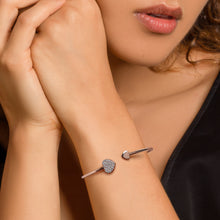 Load image into Gallery viewer, Rose Gold Shining Heart Bracelet