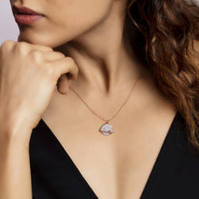 Load image into Gallery viewer, Rose Gold Heart World Pendant with Link Chain