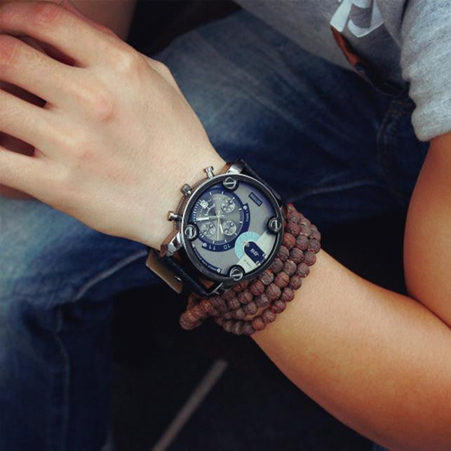 Oversized Leather Quartz Analog