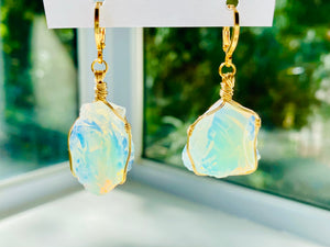 Andaras - Angelic Opalescent Earrings Wrapped in 14KFG <BR> 14KGF瑰金包裹天使乳白色耳環 - newearthstore