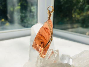 Andaras - Champagne Lemurian Activation Pendant with Sterling  Gold 14KFG Wrapping & Necklace <BR> 溫柔香檳色的列木里亞14K金箔線包裹吊墜 - newearthstore