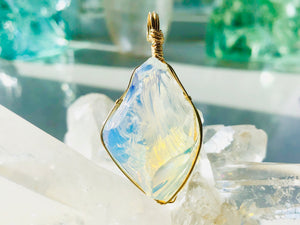 Andaras - Translucent Angelic Opalescent Andara Pendant with Sterling Gold Wrapping & Necklace <BR>天使乳白色14 KGF 金線包裹吊墜 - newearthstore