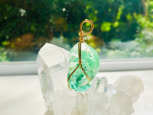 Andaras - Mint Andara Pendant with Sterling 14KFG Wrapping & Necklace 2 <BR>薄荷綠色14K金箔線包裹吊墜 2 - newearthstore