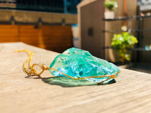 Andaras - Aqua Pendant with Sterling Gold Wrapping & Neclace<BR>淺綠色水鑽吊墜 - newearthstore