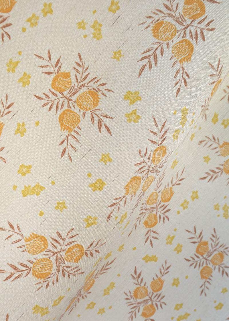Pomegranate Grasscloth Wallpaper in Saffron