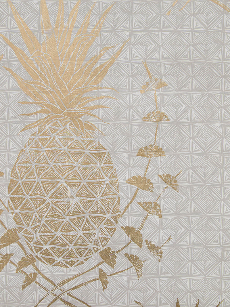 Royal Pineapple Wallpaper in Gold