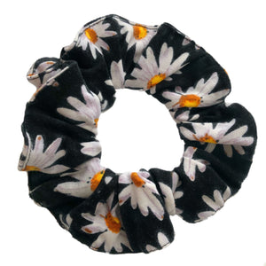 Open image in slideshow, Scrunchie