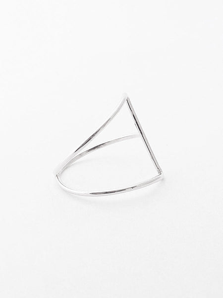 .925 Isosceles Ring