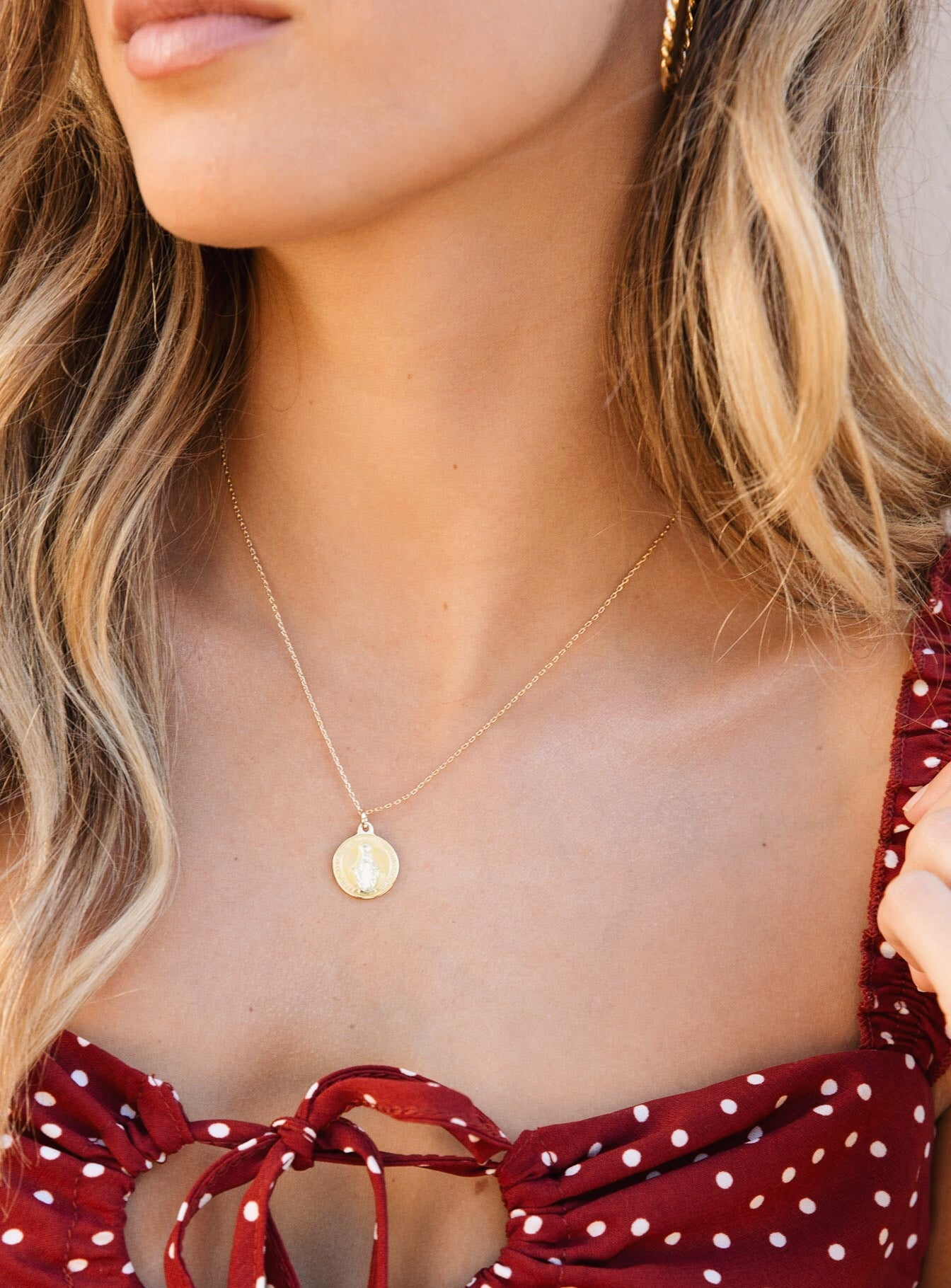 Jolie & Deen Mary Coin Necklace Gold
