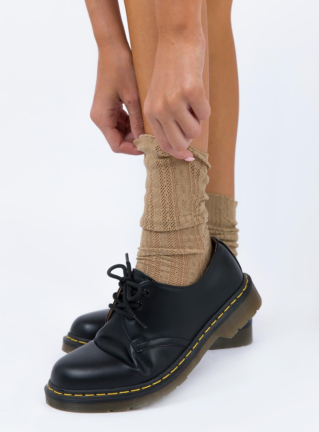 Every Woman Socks Beige