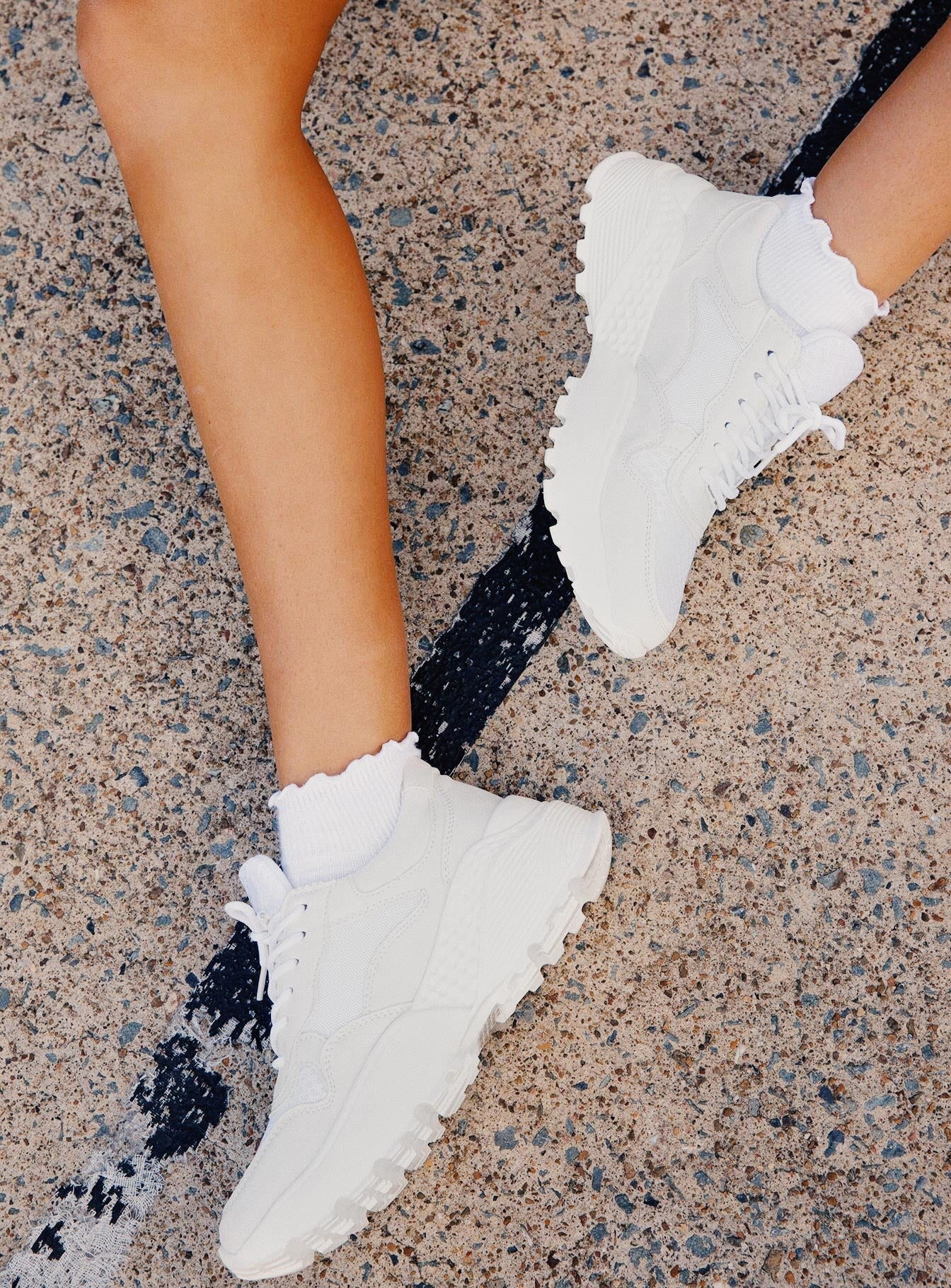 Therapy Busta Sneakers All White – Princess Polly USA