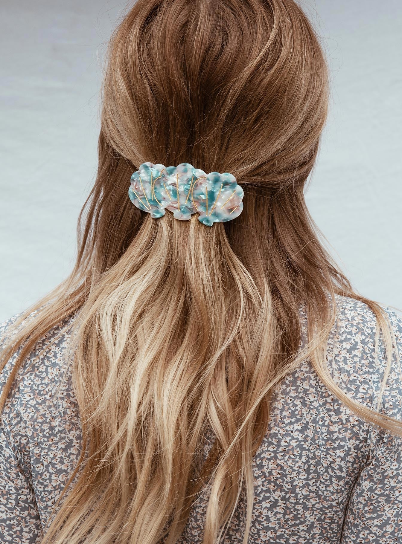Shell Of Life Hair Clip Blue