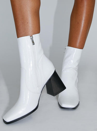 Michelle Boot White