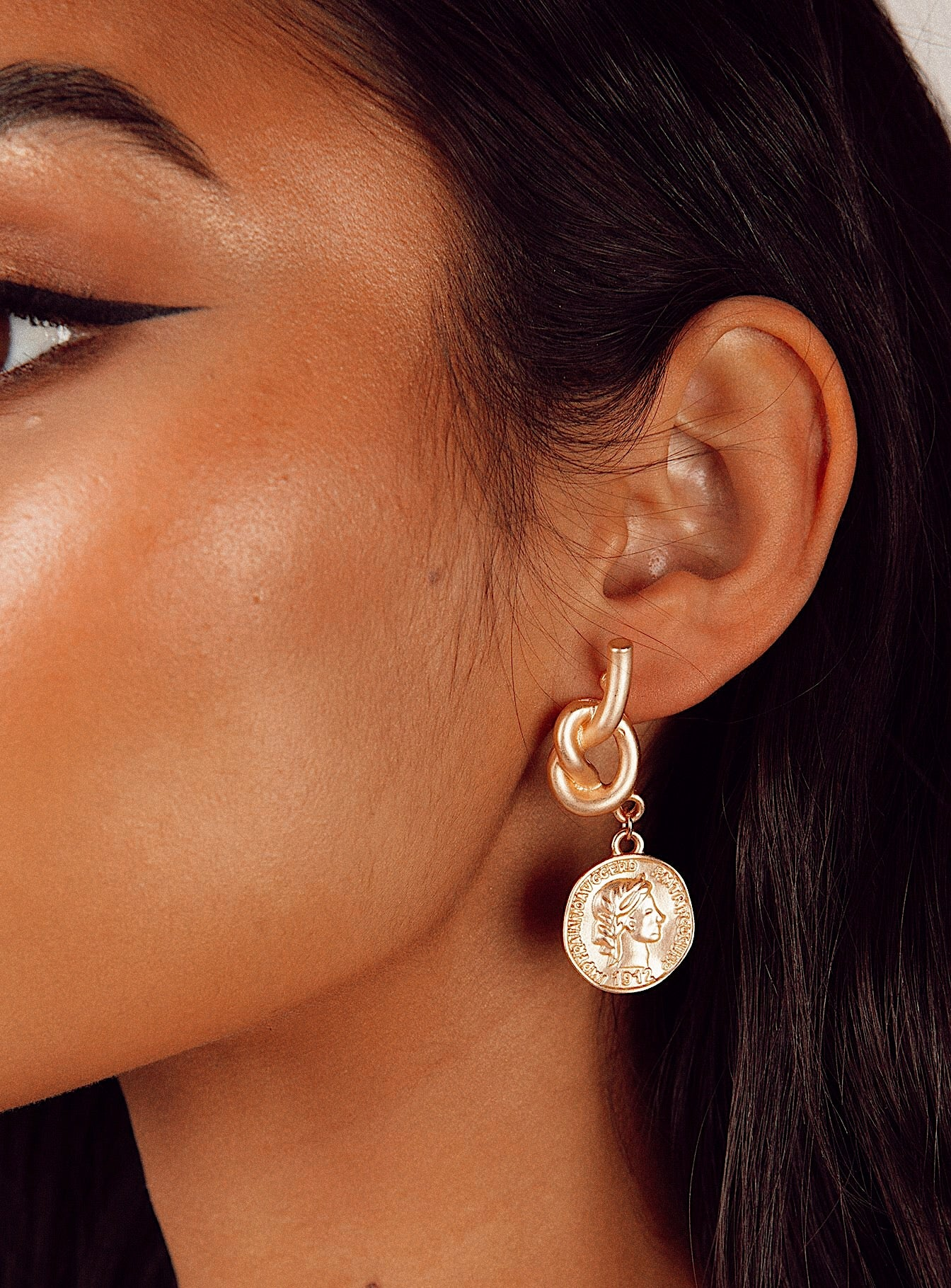 Knot Coin Earrings Gold