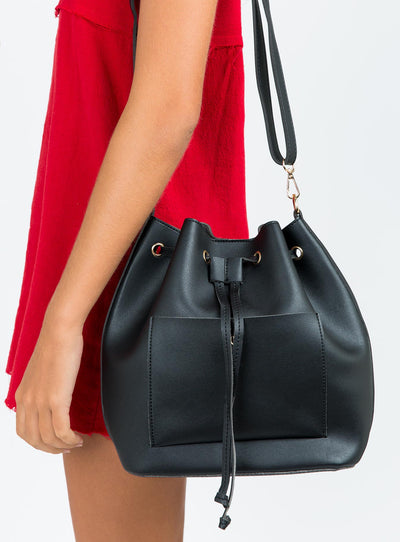 Emilia Bucket Bag Black