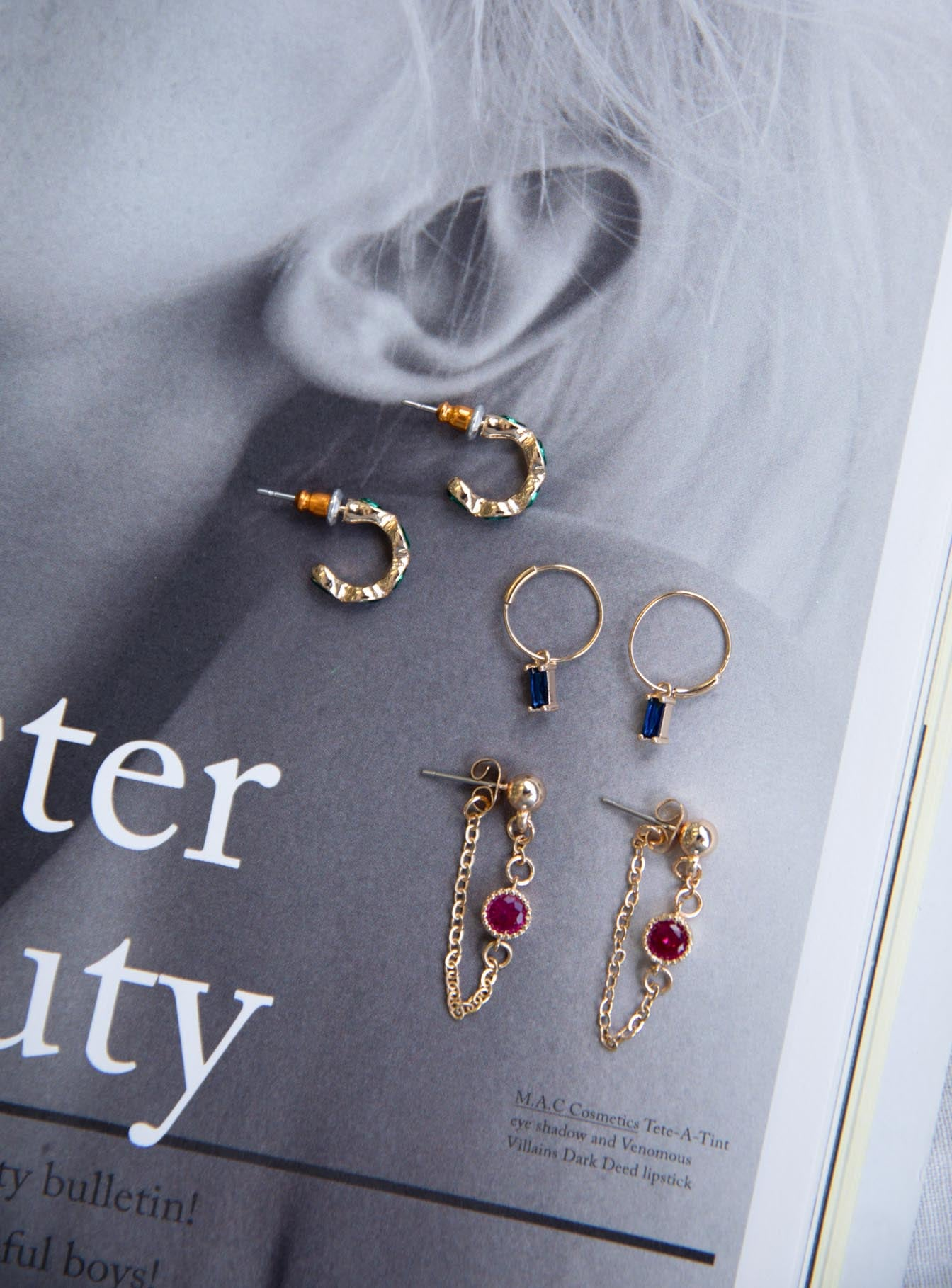 Secret Fantasy Earring Set