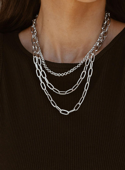 Leniella Necklace Set Silver