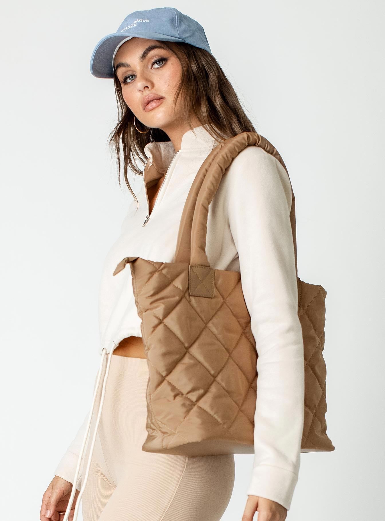 Puff Daddy Tote Beige