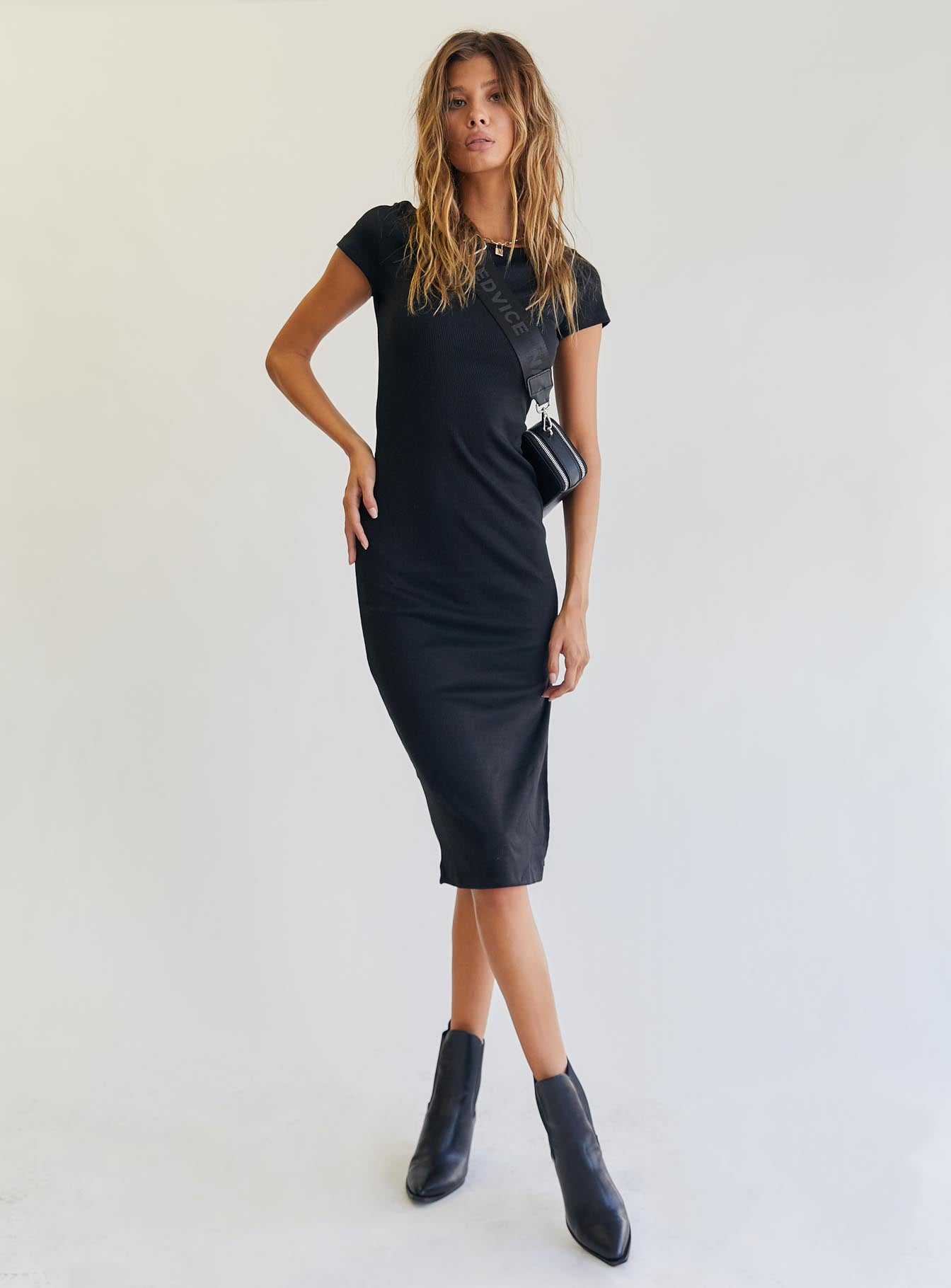 The Classic Midi Dress Black