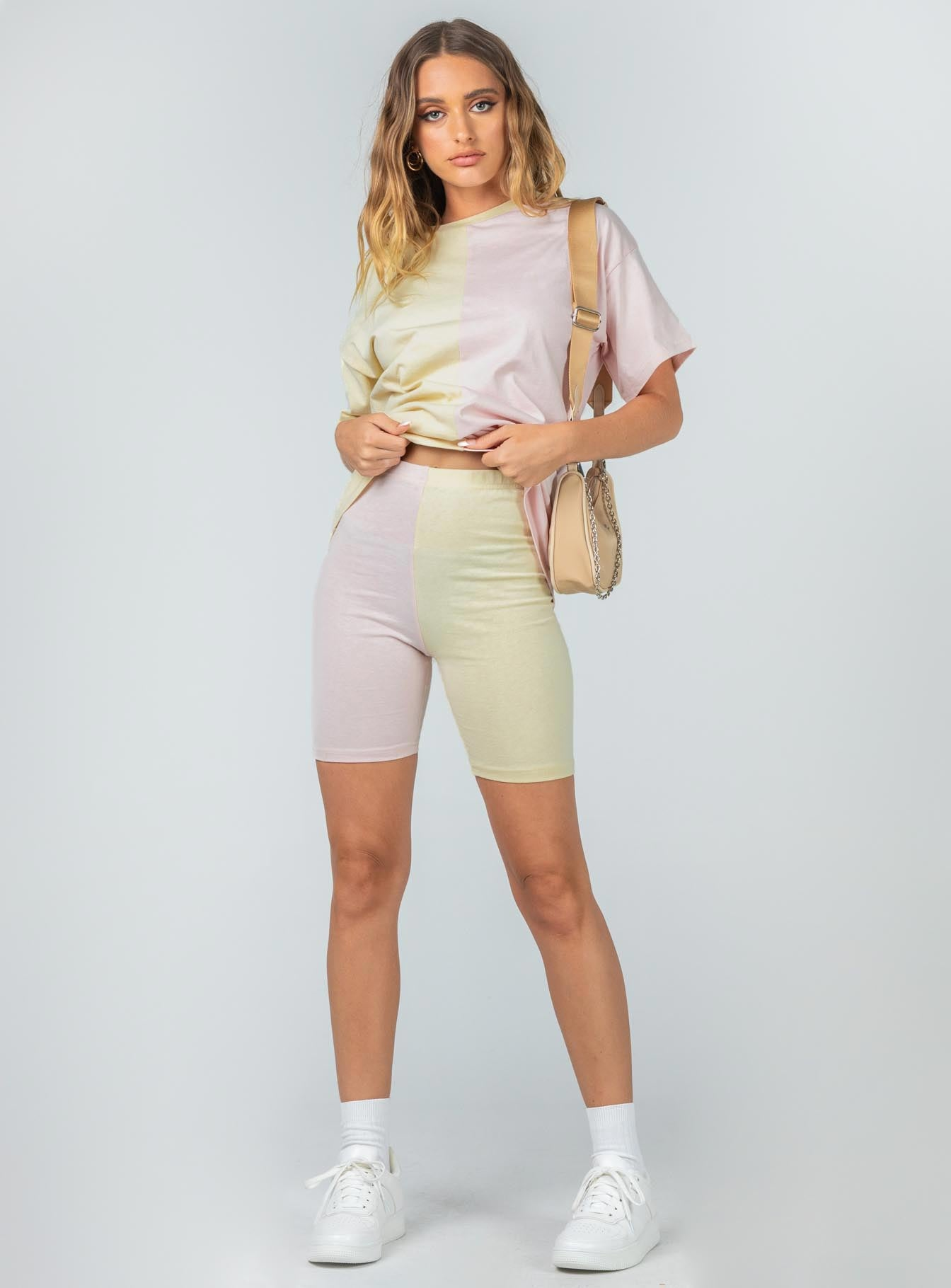 Elisia Shorts Yellow / Pink