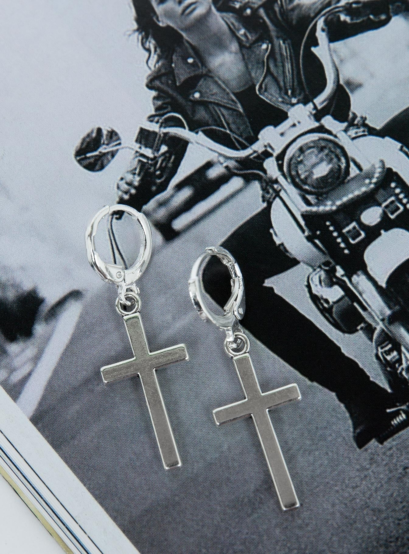 Valkyrie Cross Earrings Silver